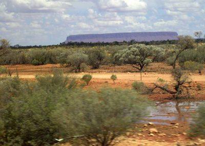 Pluie sur Uluru